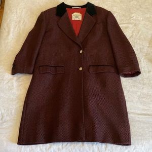Burberry!! Vintage!! Burgundy and Black print.